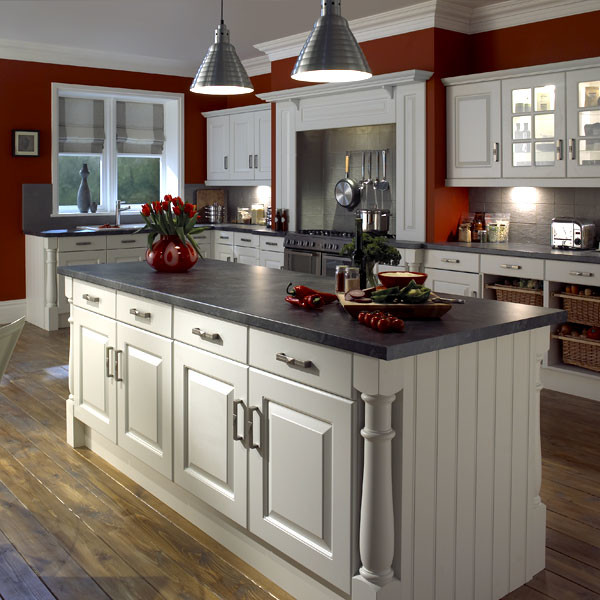 Kitchen Cabinets Eugene Oregon: Interesting-Traditional-Kitchen-Design-with-White-Cabinets