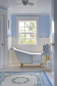 blue-nautical-bathroom-design-ideas-with-wainscoting-and-clawfoot-tub-700x1050